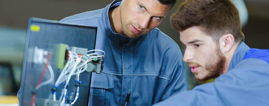 Apprenticeship incentive in field services
